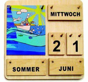 Kalender-Dienst am Dauerkalender aus Holz.
