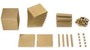 Goldenes Montessori-Würfelmaterial