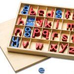 Montessori-Material bewegliches Alphabet