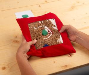 Entdeckerkissen ein Suchkissen mit Tastsäckchen-Funktion